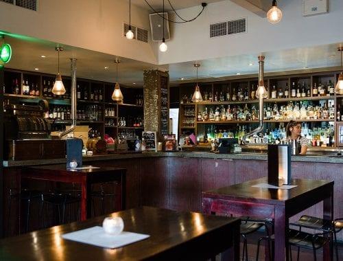 Melbourne CBD lounge with cocktails
